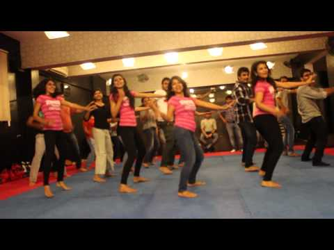 GIRLS LIKE TO SWING-ZUMBA-  EASY STEPS @ RITU'S DANCE STUDIO SURAT.