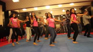 GIRLS LIKE TO SWING-ZUMBA-  EASY STEPS @ RITU