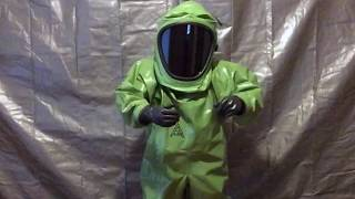 Wearing the msa auer vautex super suit. features and feelings about this old 1990s german chemical suit (chemikalienschutzanzug). when fully encapsul...