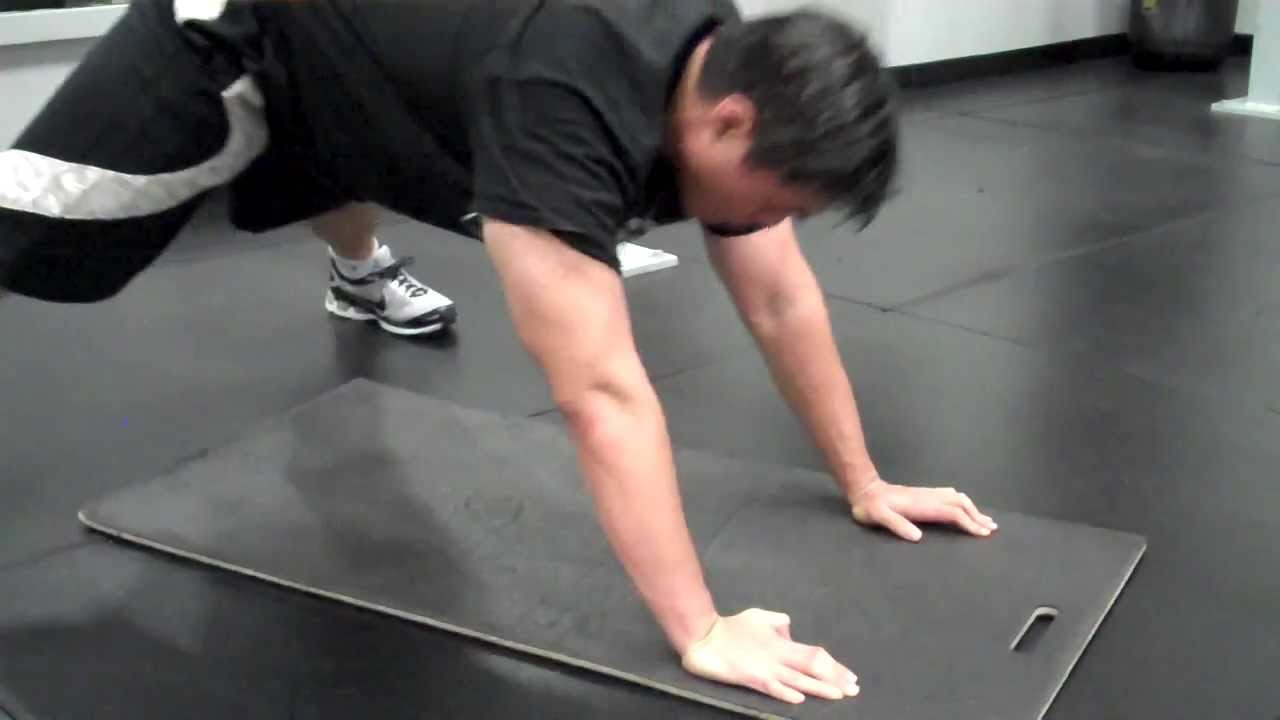 Hindu Pushup, The Push Up That Works Everything! - Самые