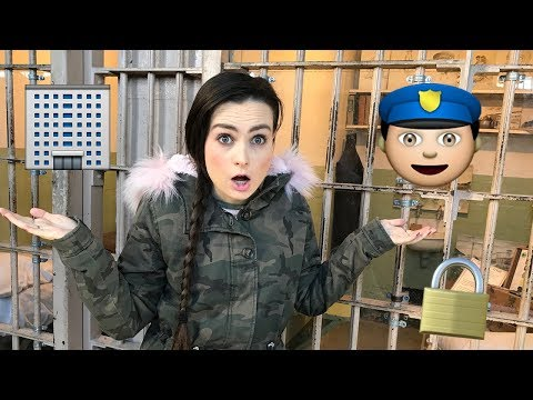 Exploring the Worlds Most Famous Prison! (without sight)