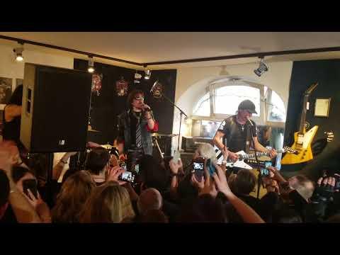 Scorpions Matthias Jabs MJ guitars 10th anniversary #2  3-10-2018