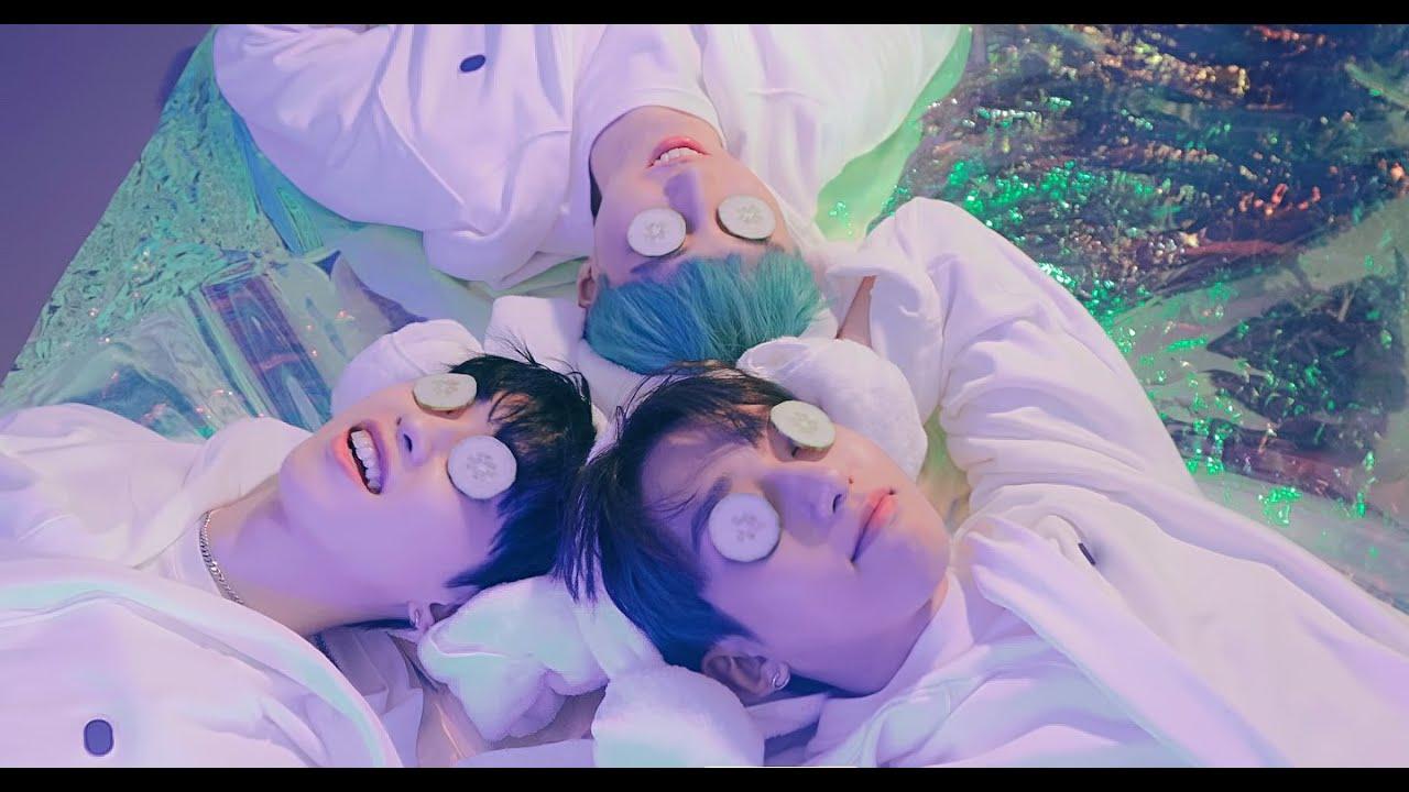Download M.O.N.T - BOOM BANG (붐뱅) Music Video