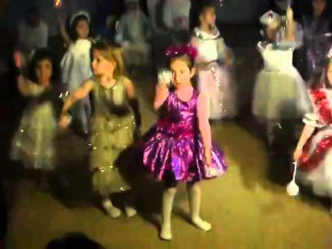 """ТАНЕЦ """"Искорки"""", детки 2-3 года детсад 114, г.Харьков"""
