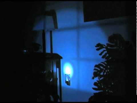 ffc2d044e22 11325-GE-Power-failure-LED-NightLight.mov - YouTube