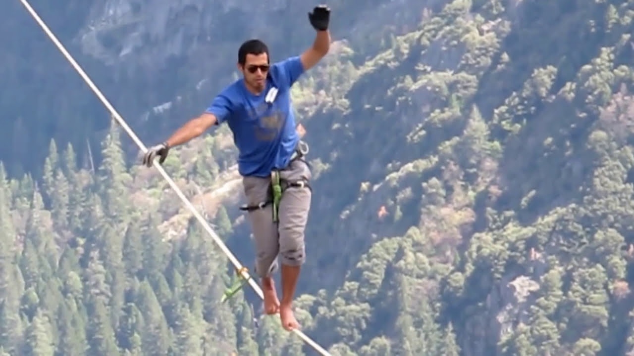 EXTREME WARNING] tightrope walker falls to death over waterfall ...