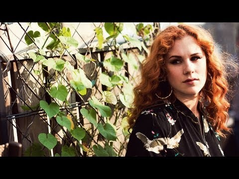 "Katy B - ""Lights On"" LIVE (Rooftop Session)"