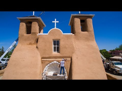 Ranchos de Taos Mudding - A New Mexico True Experience
