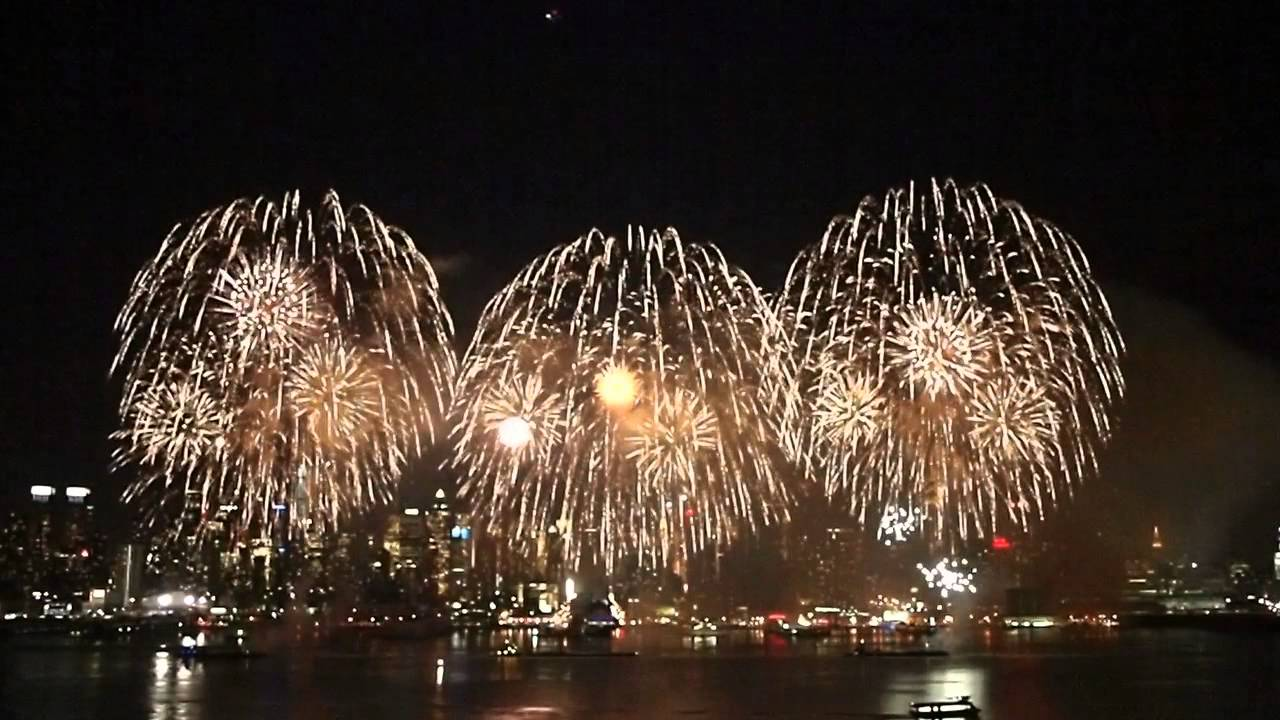Chinese New Year Fireworks by Grucci New York City 2015 HD ...