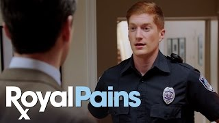Royal Pains - Season 7, Episode 2 - Jeremiah Bails Out Divya