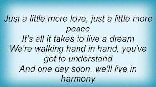 David Guetta - Just A Little More Love (Elektro Edit) Lyrics