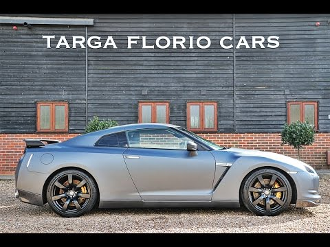 Nissan GTR 3.8 V6 Twin Turbo Stage 5 circa 800BHP wrapped in Matte Gunmetal Grey London UK