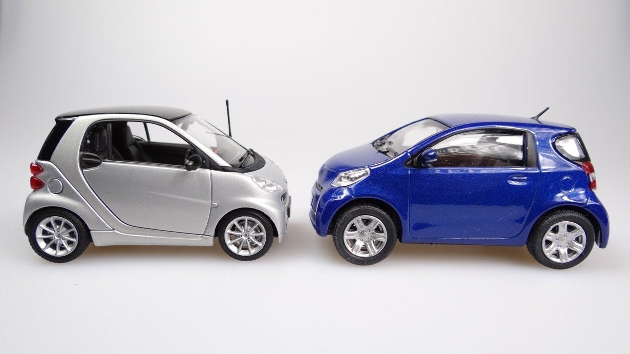 The Smart Fortwo Vs The Toyota Iq 2012 Video Youtube