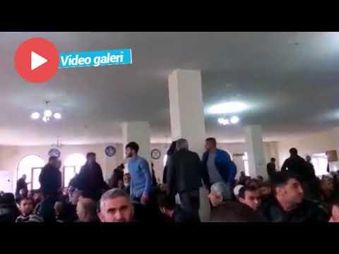 Mehmetçiğe dua etmeyip, camiyi terk ettiler