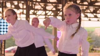 DE FINAL DANCE VAN EXCLUSIVE CREW   DANCE SQUAD