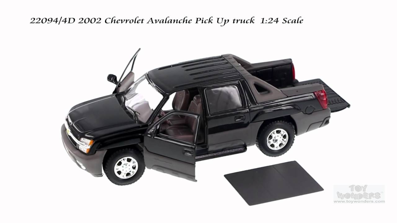 Avalanche Truck 2016 >> 22094/4D 2002 Chevrolet Avalanche Pick-Up truck 1/24 Scale - YouTube