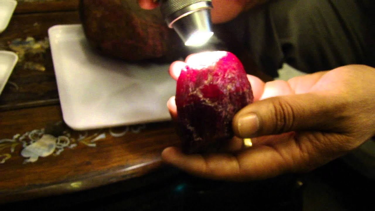 world biggest ruby star 10000 carats for sale youtube