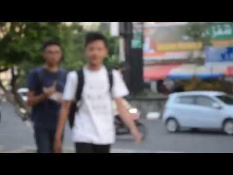 Jalan-Jalan di Simpang 5 Semarang, Indonesia