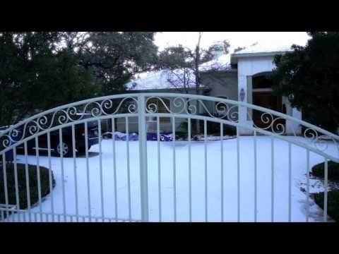 Snow in San Antonio! February 4, 2011