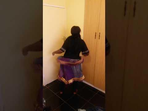 Voni dancing xibelani