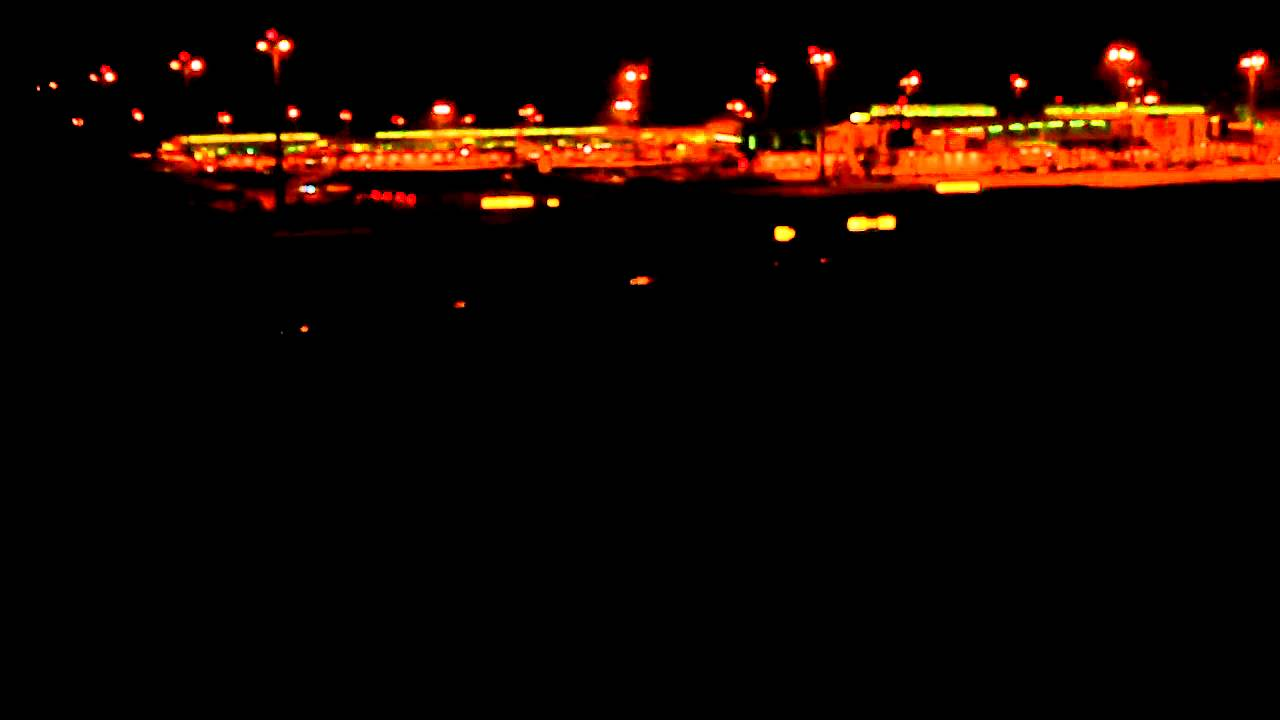 Download Singapore Airlines Airbus A380 Landing - Singapore (SQ 222)