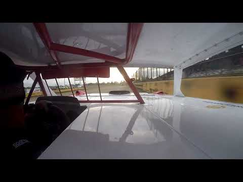 Jon Crouse Racing.  Viking Speedway.  Super Stock.  9/1/19.  Heat Race