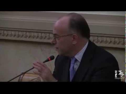 Bernard Cazeneuve, ministre délégué au Budget