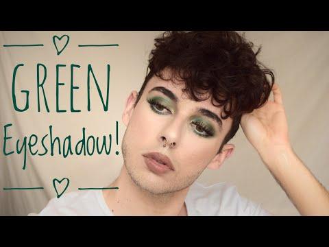 Forest green eyes // Green Eyeshadow for brown eyes