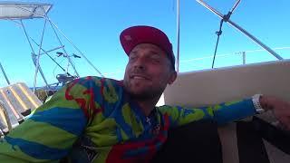 Путешествие на парусной яхте | Сильный дождь в море