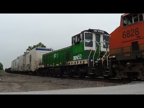 Burlington Northern Slug on BNSF Mixed Freight