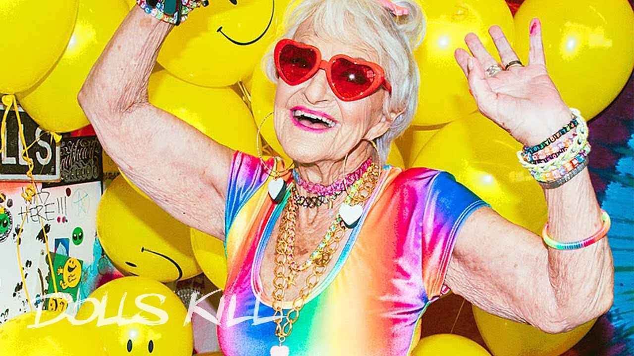 Meet Grandma Lill, the Adorable Grandma Doing MakeupTutorials Meet Grandma Lill, the Adorable Grandma Doing MakeupTutorials new pics