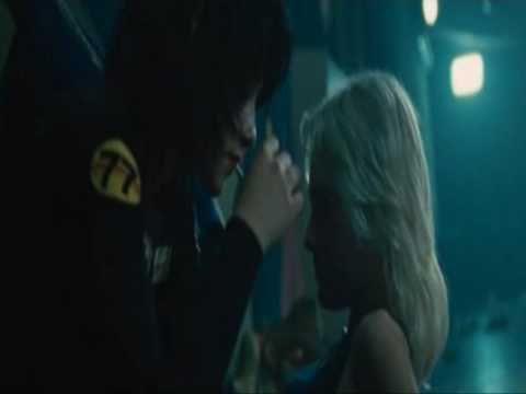 Kristen Stewart and Dakota ning Kiss