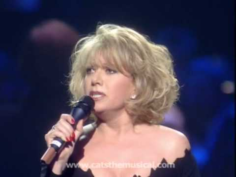 Elaine Paige performs 'Memory' at Celebration concert - Live HD performance