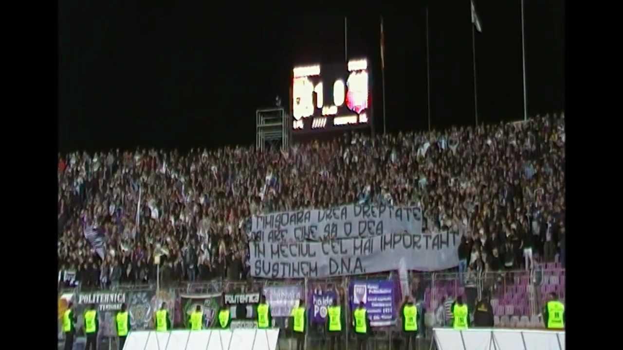 Poli Timisoara-Steaua 2-0 in Cupa Romaniei. Coregrafia completa Peluza Sud I