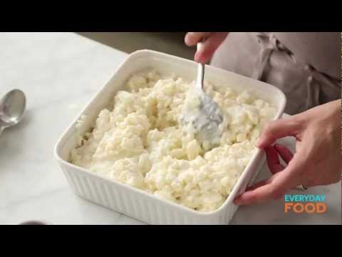 Easy baked rice pudding with cooked