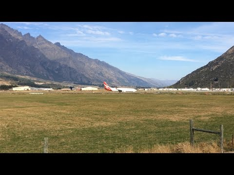 Plane Spotting at Queenstown Airport, New Zealand ✈