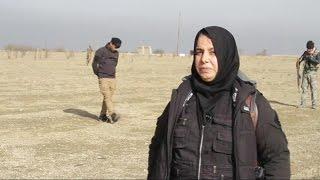 أخبار حصرية | سيدة تقود الرجال لمحاربة داعش في العراق
