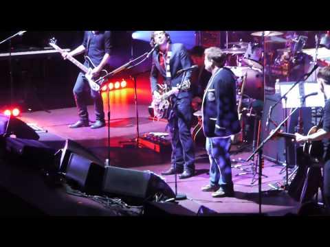 Snow Patrol & James Corden - Set The Fire To The Third Bar - Royal Albert Hall 24/11/09