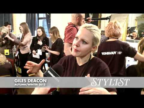 How To Create Loose Undone Hairstyles: Giles Deacon At London Fashion Week