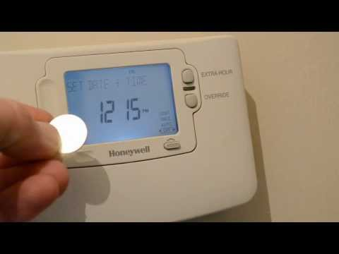 "Honeywell Heating Timer Showing ""INTERNAL"" and totally dead"