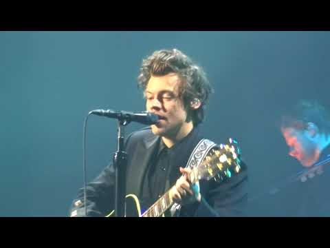 Harry Styles / Happy Birthday + Just a little bit of your heart/ Glasgow 14-04-2018