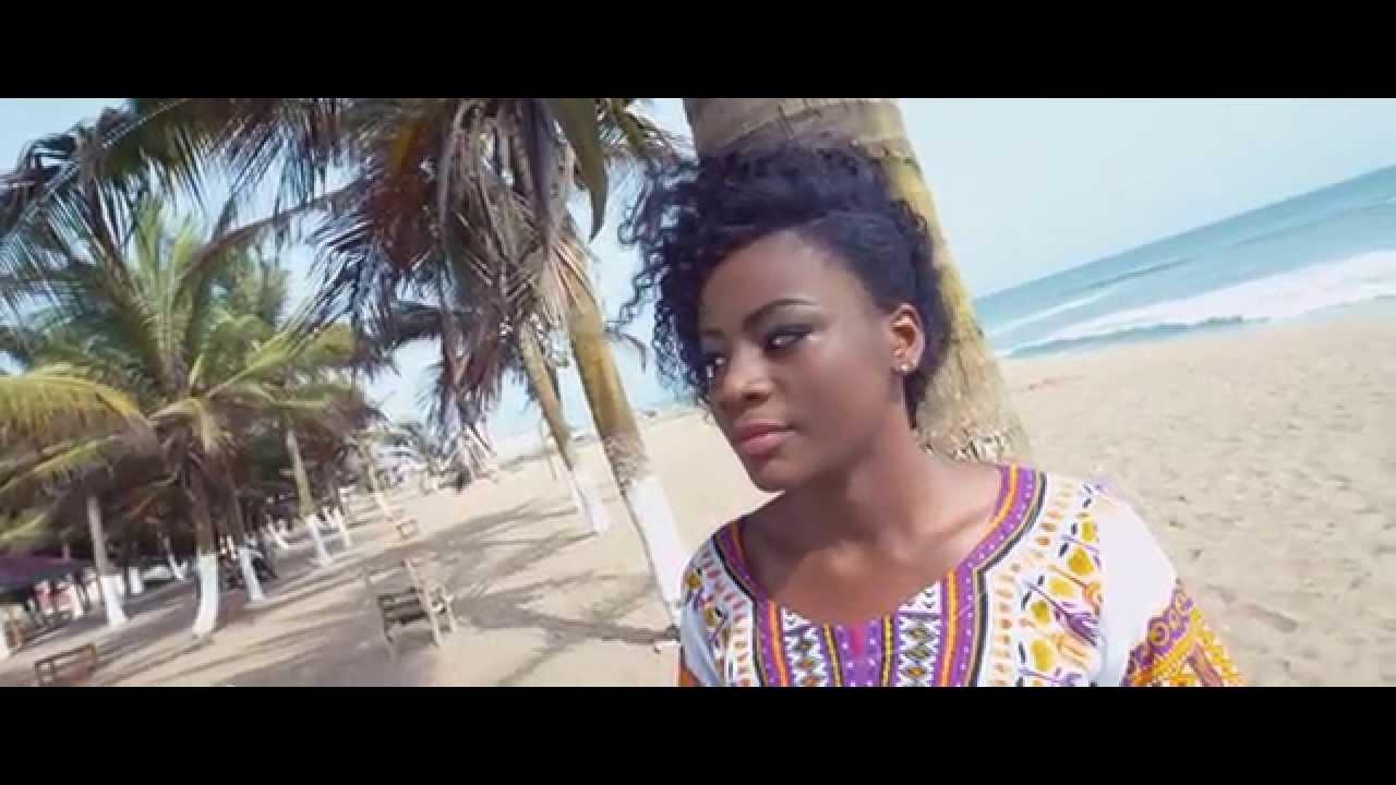 Download Kwabena Kwabena - Tuamudaa (Official Video)