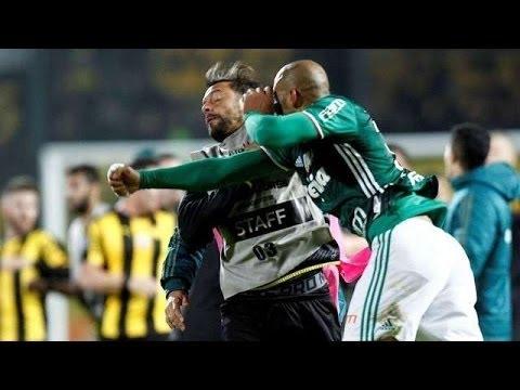 Brutal pelea en Montevideo  Peñarol vs Palmeiras 2 3 Copa Libertadores 2017