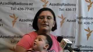 Участница митинга на Площади фонтанов 20 октября в Баку(Гюльназ Мамедли: «Я пришла с ребенком на митинг на Площадь фонтанов не случайно», 2012-11-03T19:45:33.000Z)