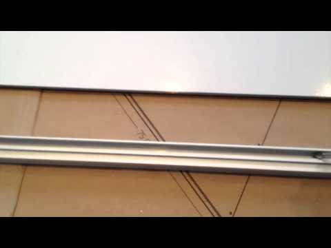 Montage portes coulissantes darwin castorama youtube - Portes interieures castorama ...