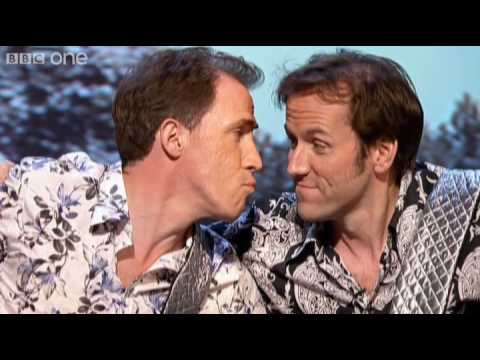 Rob Brydon and Ben Miller Kiss - QI Preview - BBC One