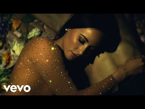 Kacey Musgraves - Butterflies (Official Music Video)
