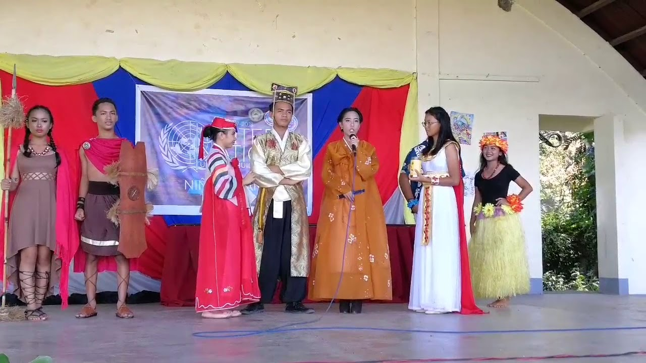 Question and Answer - Mr. & Ms. United Nations (Senior High School) 2017 - YouTube