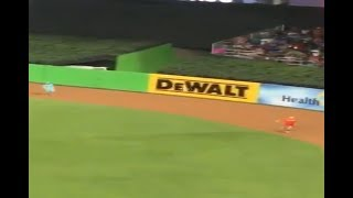 FREEZE LOSES RACE FAN DEFEATS FREEZE AT MLB ALL STAR GAME 2017 ASG MIAMI FULL RACE 7/11/2017