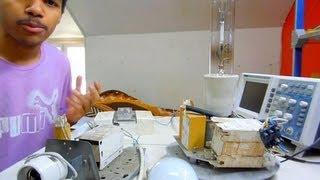 Compteur EDF digital [ ouvert ] & Lampe à vapeur de sodium haute pression 70 W à amorceur interne